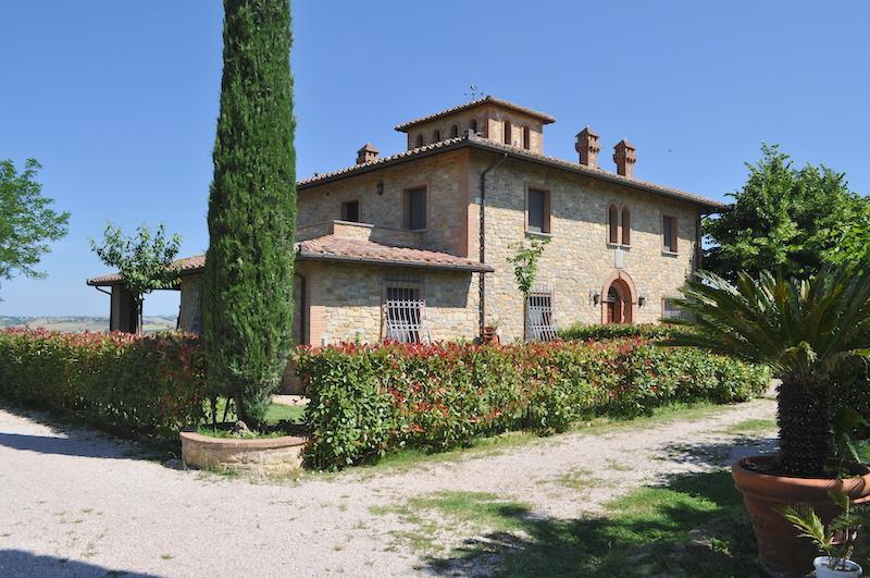 Rustico / Casale in vendita a Castiglione del Lago, 10 locali, prezzo € 2.200.000 | Cambiocasa.it