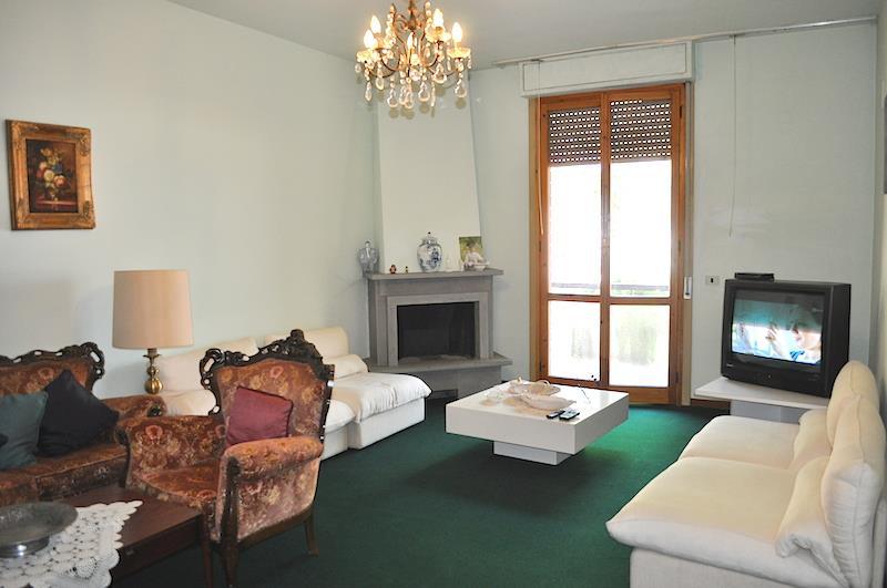 Appartamento in vendita a Castiglione del Lago, 3 locali, prezzo € 155.000   CambioCasa.it