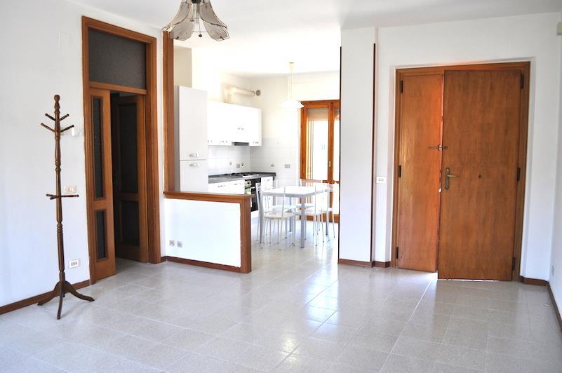 Agenzia immobiliare sul trasimeno vendita case umbria e - Bagno 4 metri quadri ...