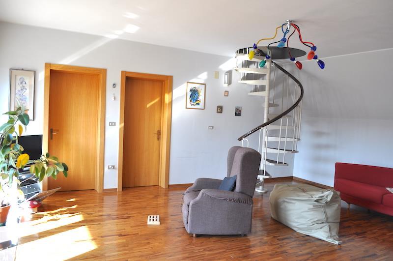 Villa Bifamiliare in vendita a Piegaro, 3 locali, prezzo € 145.000   CambioCasa.it
