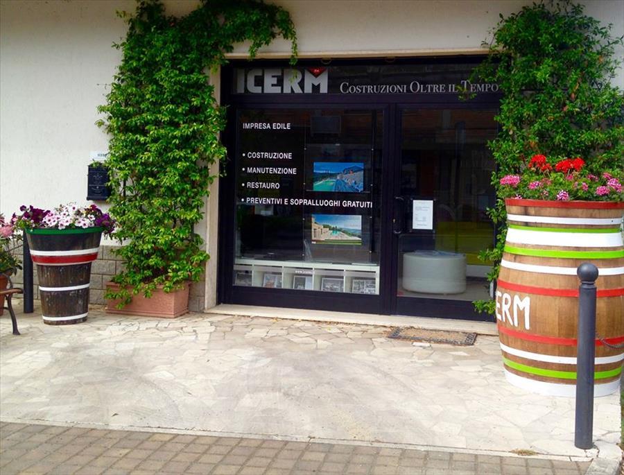 Locale Commerciale Sarteano TLLC10