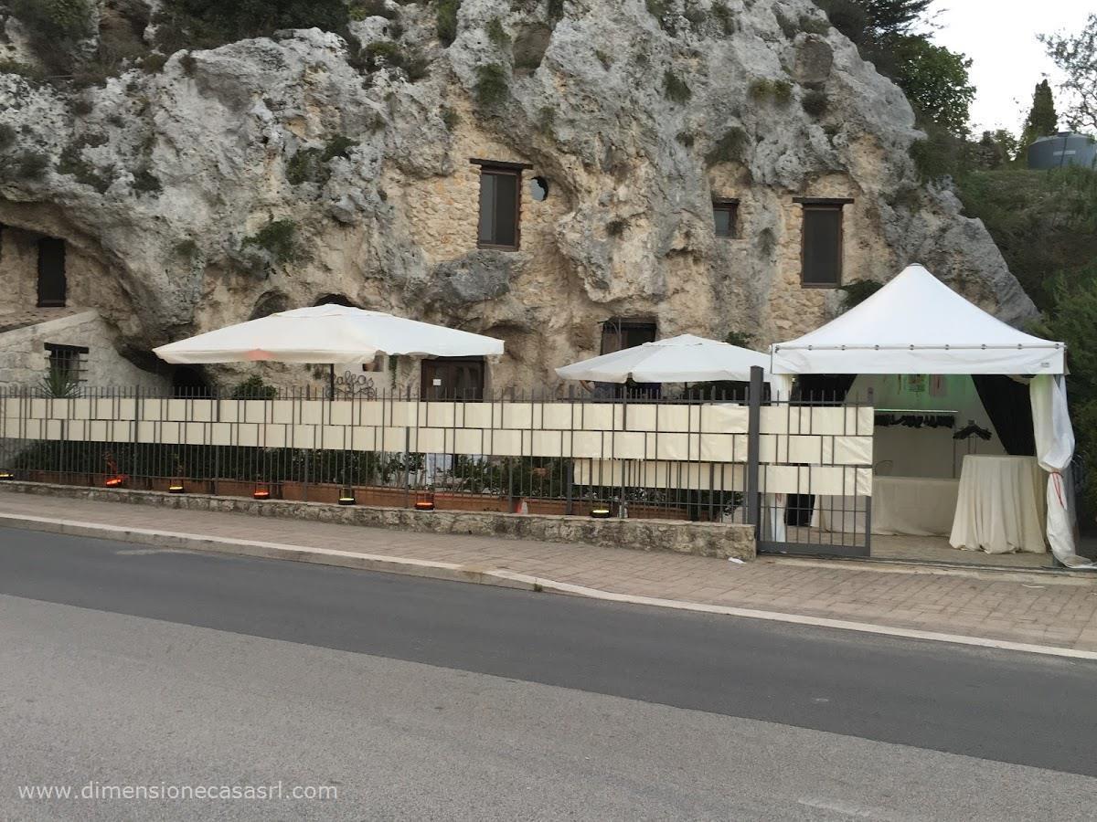 Negozio / Locale in vendita a San Cataldo, 5 locali, Trattative riservate | CambioCasa.it