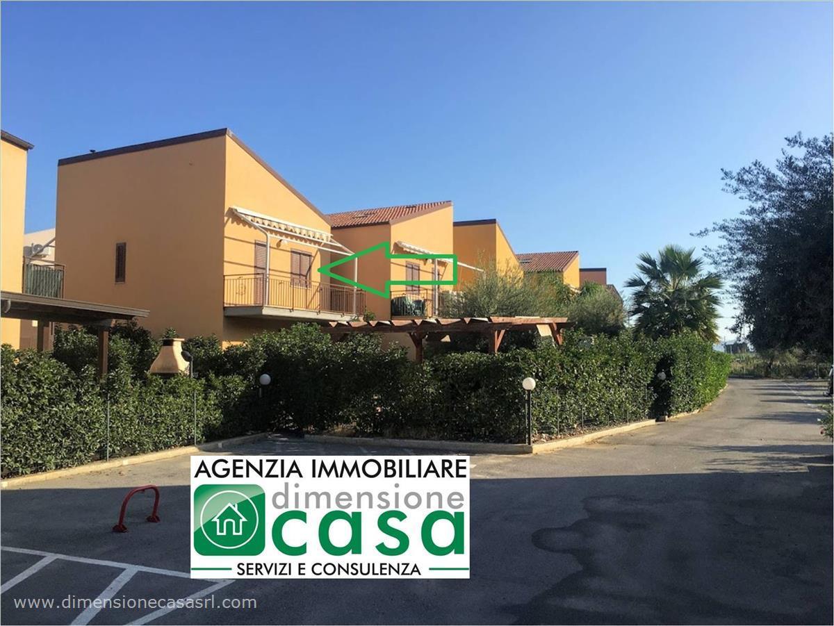 Villa in vendita a Campofelice di Roccella, 3 locali, prezzo € 125.000 | CambioCasa.it