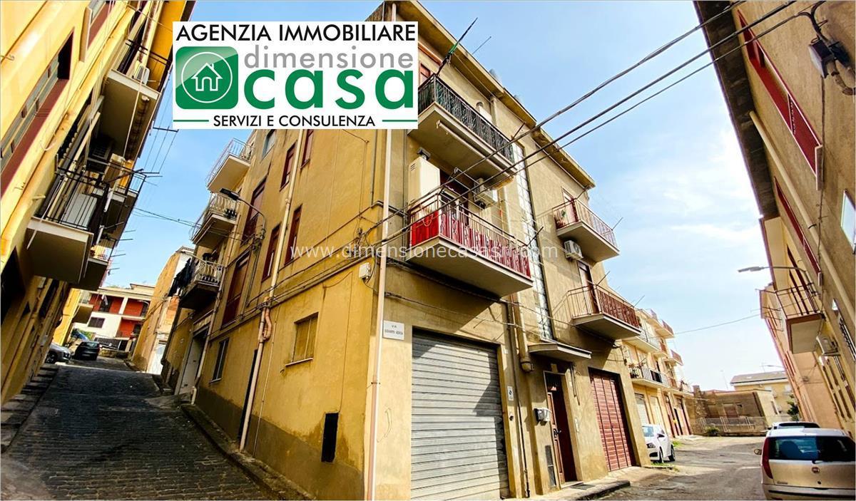 Appartamento in vendita a Serradifalco, 3 locali, prezzo € 40.000   CambioCasa.it
