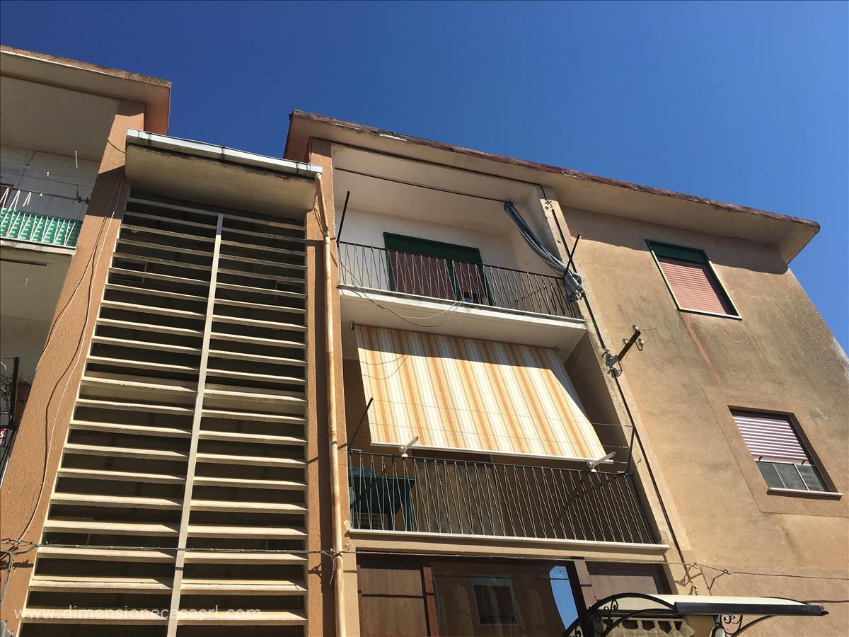 Appartamento in vendita a San Cataldo, 4 locali, prezzo € 56.000 | CambioCasa.it