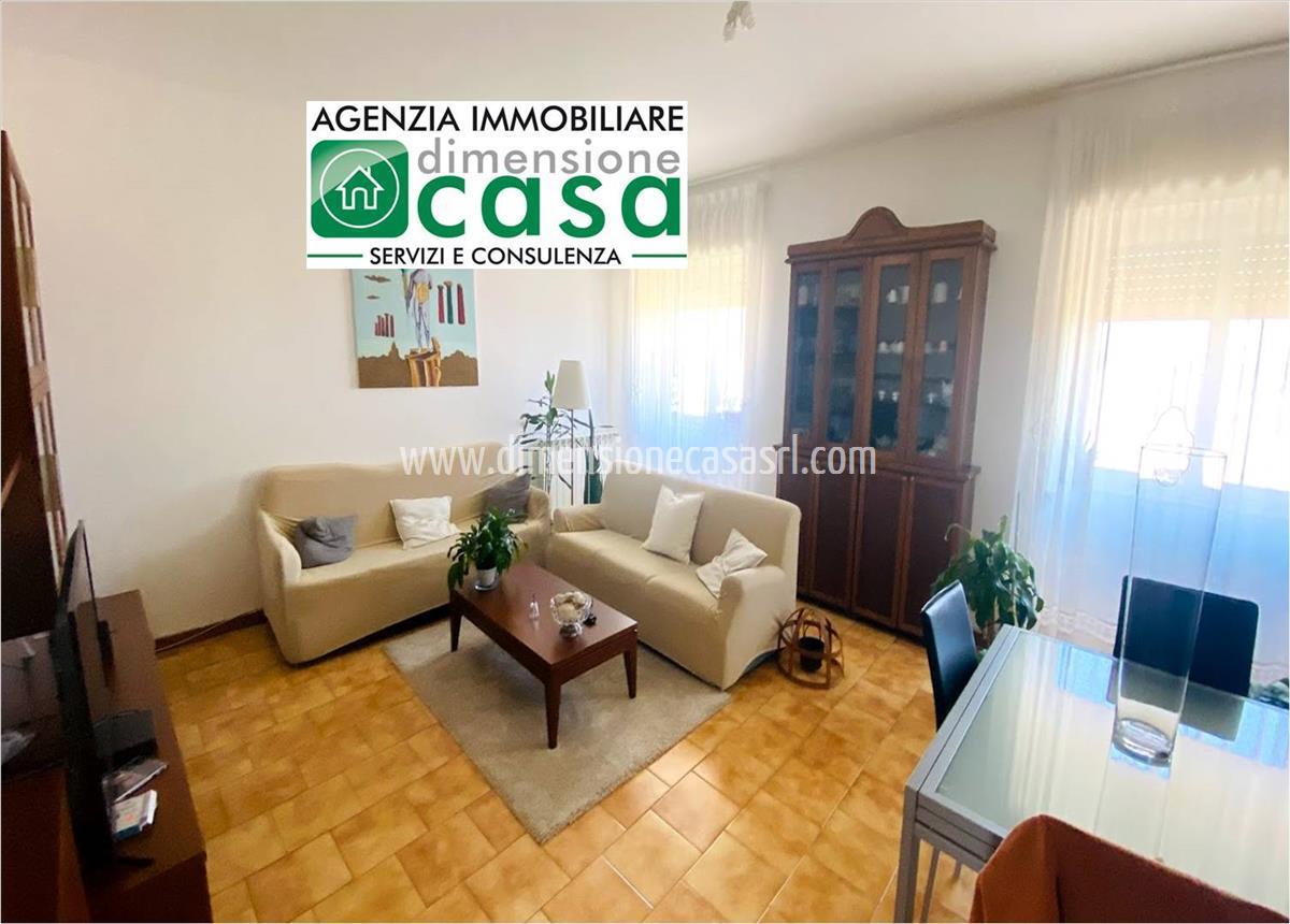 Appartamento in affitto a San Cataldo, 2 locali, prezzo € 270 | CambioCasa.it
