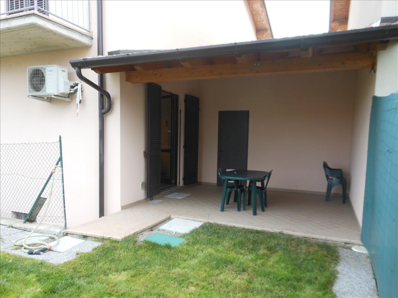 Villa bifamiliare Gossolengo VB202